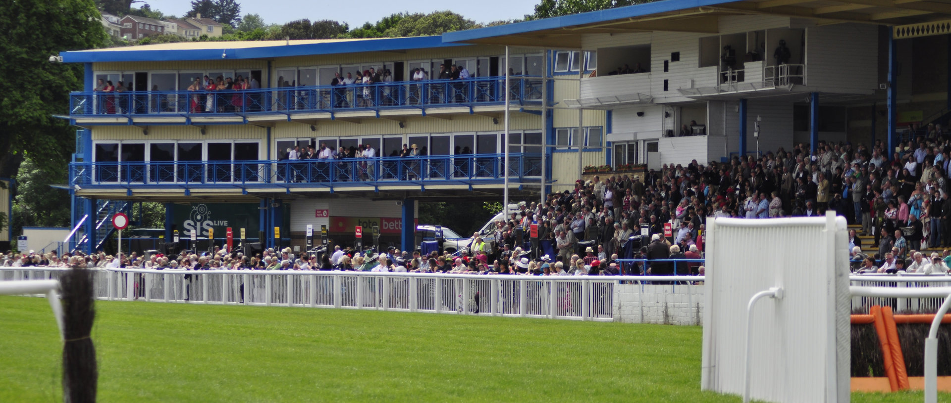 Family Day Racing View at Newton Abbot Racecourse